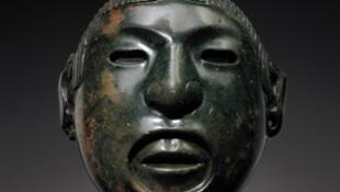 Masque anthropomorphe de Xipe Totec de l'Etat d'Oaxaca (Amérique)