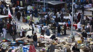 Tunisie, sur un marché (Illustration)