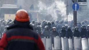 Quảng trường Maiden, trung tâm Kiev : Phong trào phản kháng cương quyết không lùi bước. Ảnh ngày 27/01/2014