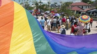 Manifestation de soutien à la décision de la Cour suprême d'autoriser le mariage entre personnes de même sexe à San José, en août 2018.