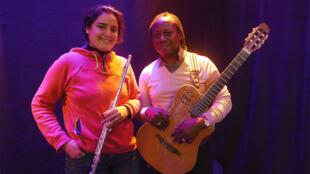 Naissam Jalal et Aurélio à RFI.