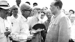 毛泽东与章士钊会谈