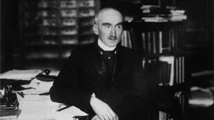 法国哲学家亨利.柏格森(Henri Bergson 1859-1941) ,1927年诺贝尔文学奖得主。