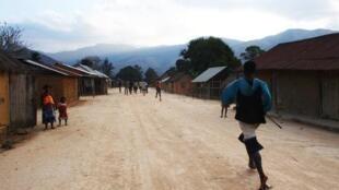 Толпа линчевала троих европейцев на острове Нози-Бе (Мадагаскар) 03/10/2013 (архив)