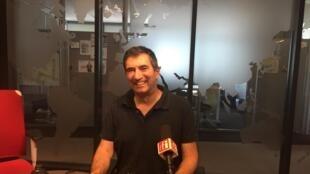 Dov Alfon, écrivain israélien en studio à RFI (juillet 2019).