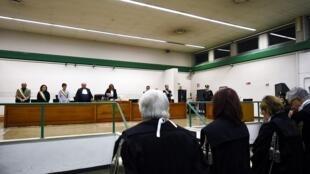 Los jueces de la Tercera Corte de Roma leen la sentencia contra los represores del Plan Cóndor, este 17 de enero de 2017.