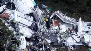 Imagem do avião acidentado da equipe da Chapecoense