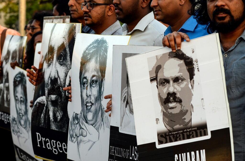Des militants sri-lankais rendent hommage aux journalistes tués dans l'exercice de leurs fonctions, le 29 janvier 2019.