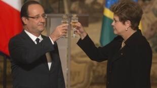 Presidenta Dilma Rousseff durante jantar de estado oferecido em sua homenagem pelo presidente da República Francesa Sr.François Hollande.
