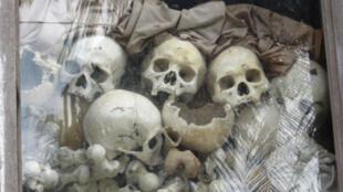 Сием Реап. Мемориал жертв режима красных кхмеров.