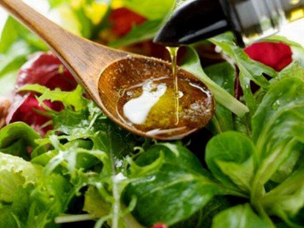 El aceite de oliva, ingrediente esencial de la dieta mediterránea
