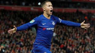 Eden Hazard de Chelsea marque le deuxième but contre Liverpool, le 26 septembre 2018.