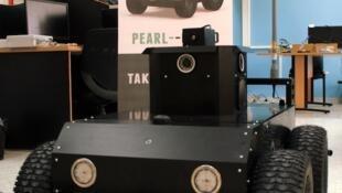 Baptisé Pearl Guard, le robot surveillant se vend principalement en Europe.