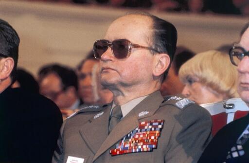 Phủ Tổng thống Ba Lan có thể không chấp nhận để quốc tang tướng Jaruzelski, ngại rằng điều đó có nguy cơ gây chia rẽ xã hội - AFP
