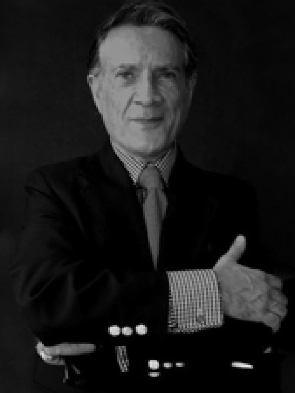 کیوان خسروانی، آرشیتکت و متخصص مرمت آثار باستانی