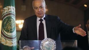 O secretário-geral da Liga Árabe, Nabil al-Arabi, confirmou a realização da conferência Genebra 2 no dia 23 de novembro.
