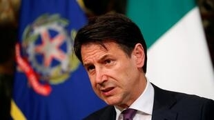 Italian Prime Minister Giuseppe Conte has threatened to quit if rival parties in Italy do not agree on how to deal with pressure from Brussels over budget.