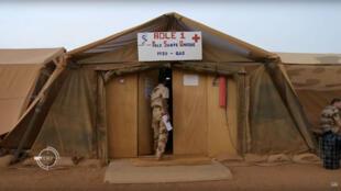 La médecine de guerre au plus près des combats. (capture d'écran).