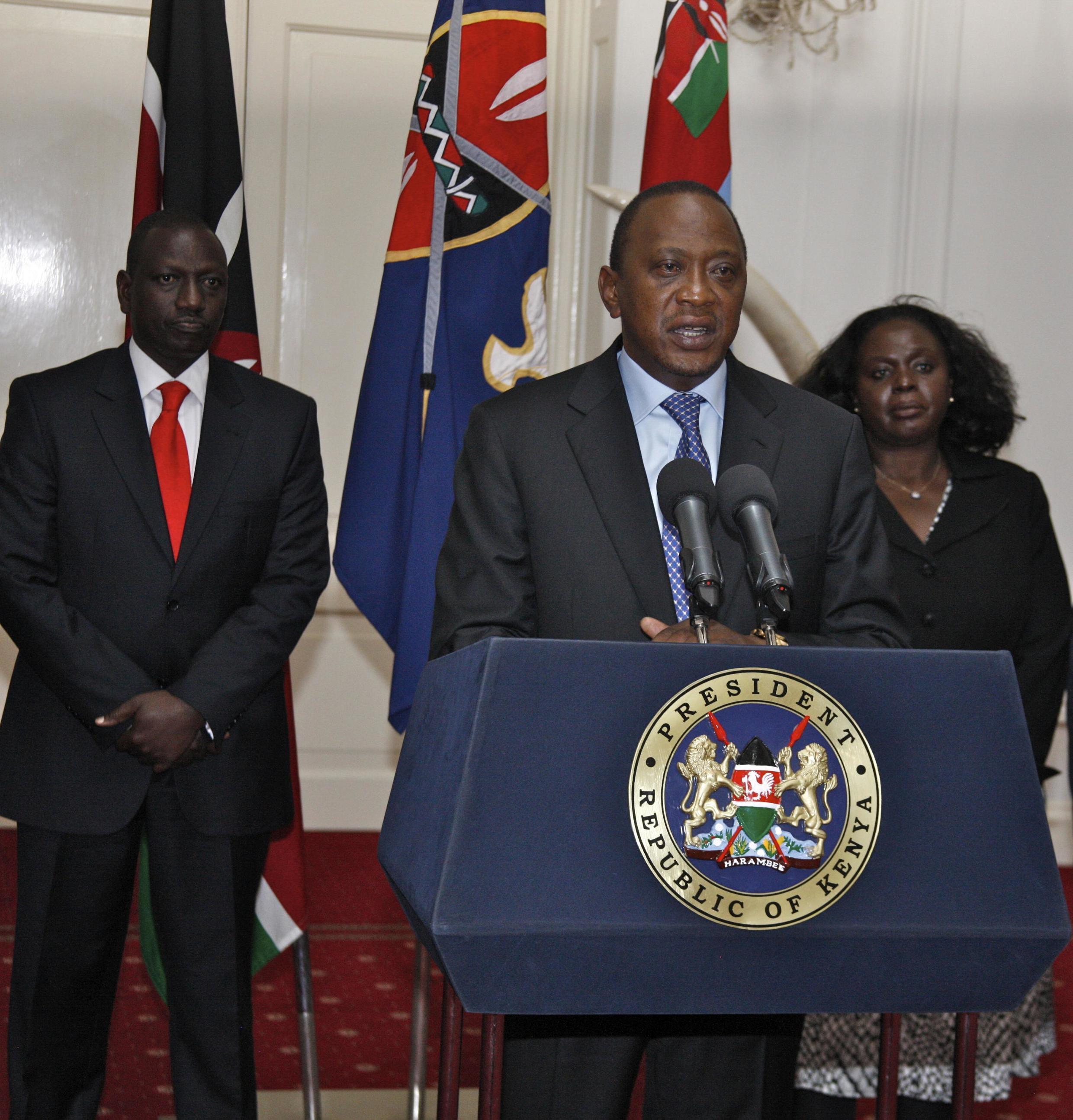 El presidente keniano Uhuru Kenyatta anunciando el fin de las operaciones en el centro comercial, Nairobi 24 de septiembre de 2013.