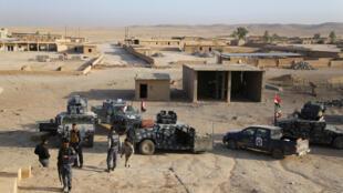 Les forces irakiennes à Qayara, une ville située au sud de Mossoul, le 18 octobre 2016.