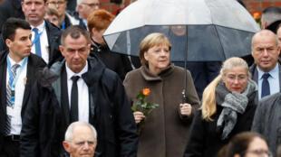 11月9日德國總理默克爾參加柏林牆倒塌30周年紀念儀式