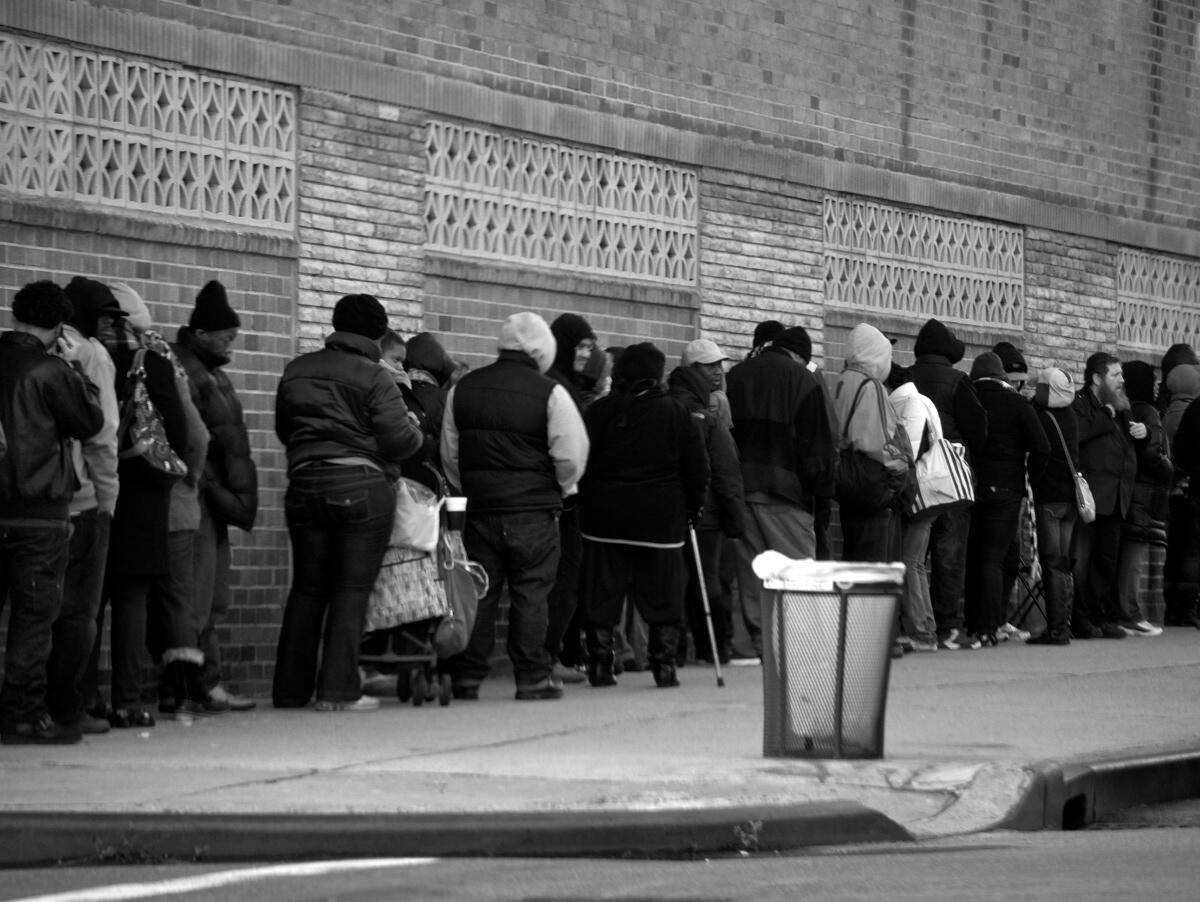 File d'attente de demandeurs d'emploi. New York, 2011.