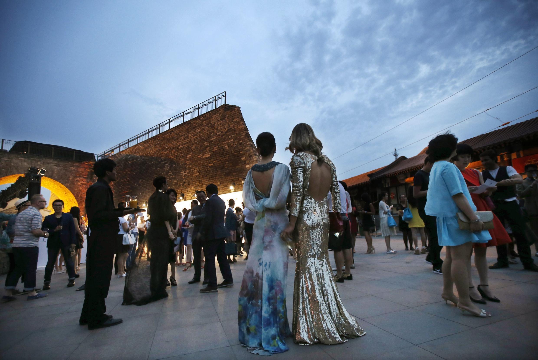 Một cuộc biểu diễn thời trang tại Bắc Kinh do các nhà tỷ phú tài trợ - REUTERS /Kim Kyung-Hoon