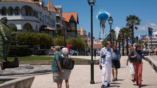Beaucoup de Français s'expatrient au Portugal, attirés par un climat agréable et une fiscalité intéressante.