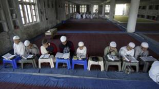 2021-01-02 india religion islamic school madrassa madrasa