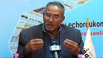 Mohamed Benalel Merah, pai do atirador de Toulouse, decidiu enterrar o corpo de seu filho na Argélia.