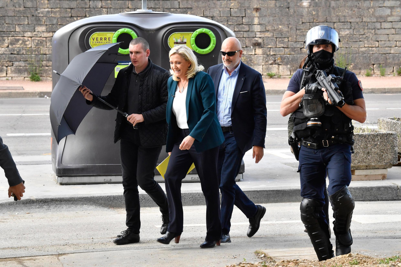 Глава французских крайне правых Марин Ле Пен в Дижоне, 16 июня 2020 г.