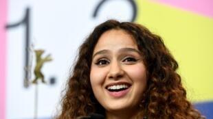 L'actrice Oulaya Amamra, lors du festival du film international à Berlin, en Allemagne, le 22 février 2020.
