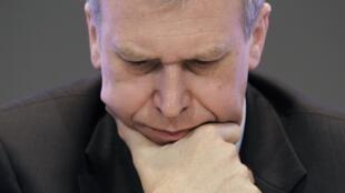 Yves Leterme, primeiro ministro belga, quer um acordo sobre o orçamento de 2012 em 48h.