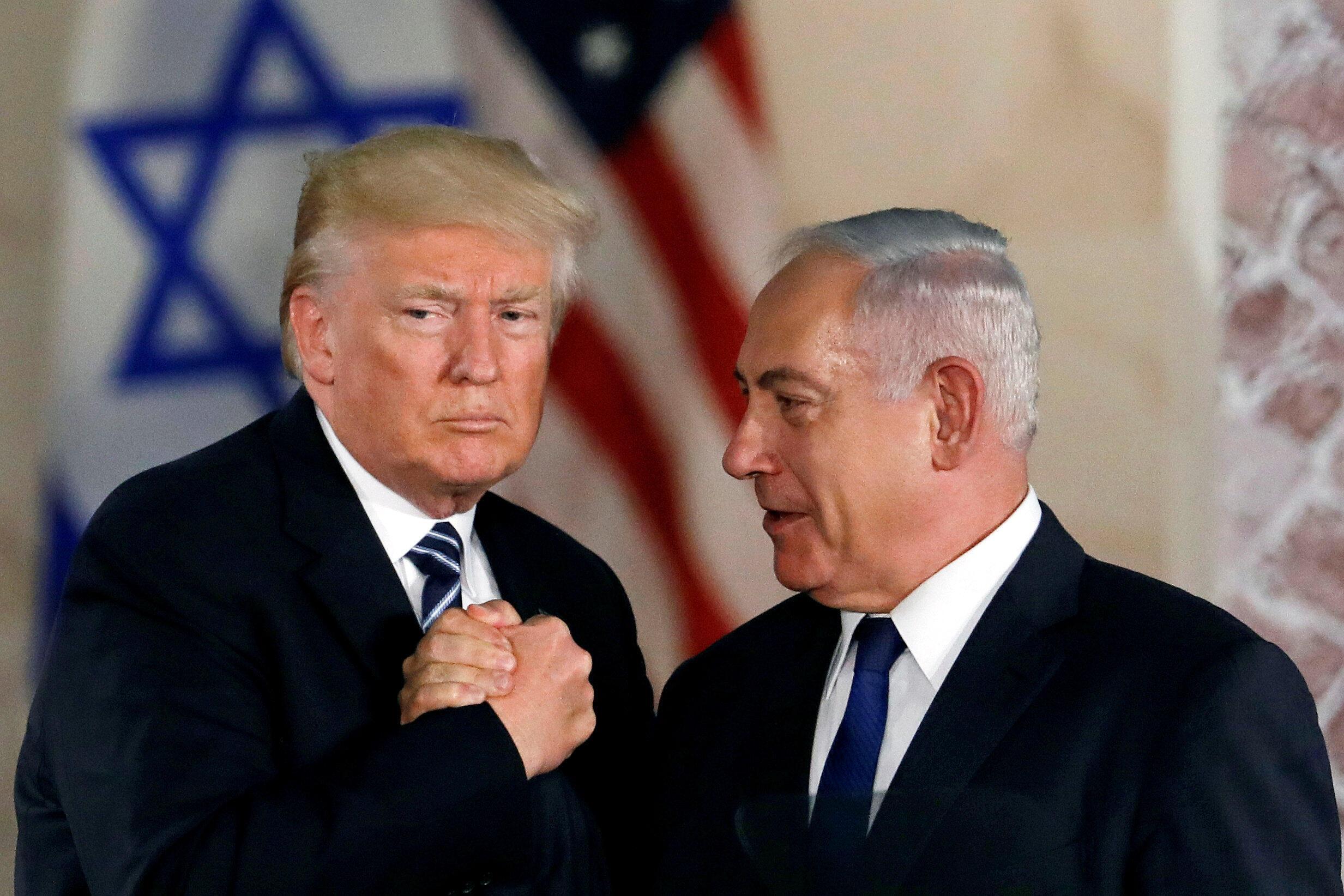 Tổng thống Mỹ Donald Trump (T) và thủ tướng Israel Benjamin Netanyahu, Jerusalem, 23/05/2017.