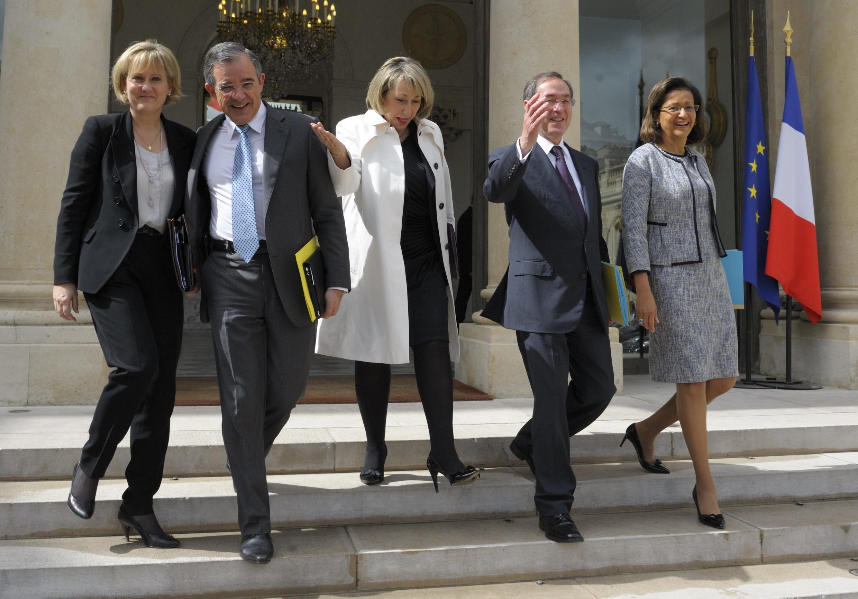Последнее заседание кабинета министров закончилось, Париж, 9мая  2012 года