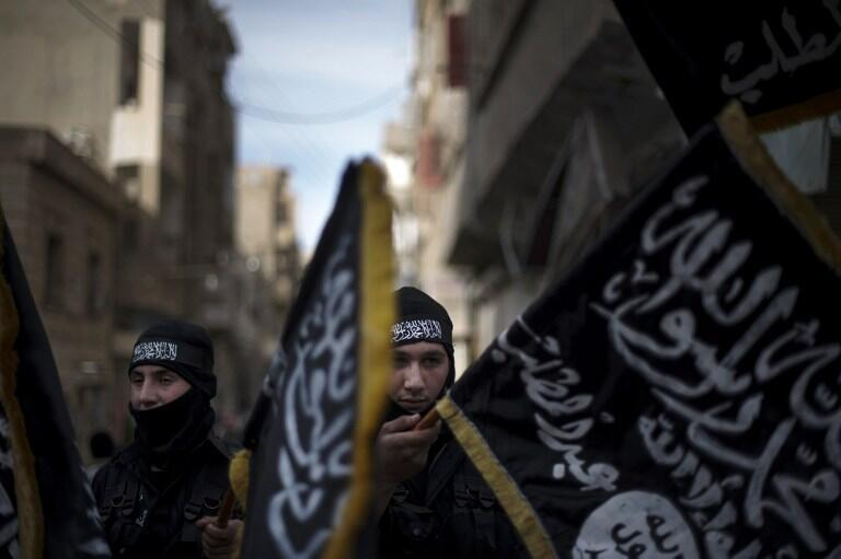 Wafuasi wa  Nusra Front, katika mji wa Deir Ezzor,Februari 25 mwaka 2013.