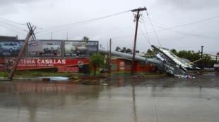 Les dégâts après le passage l'ouragan Odile à La Paz, en Basse-Californie, le 15 septembre 2014.