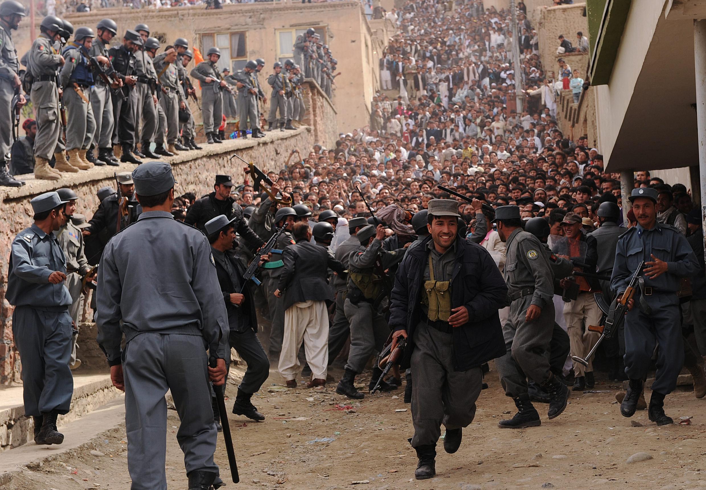 La foule se presse pour célébrer le Norouz, le nouvel an solaire, à Kaboul, 21 mars 2010.