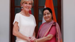 Ngoại trưởng Úc Julie Bishop cùng đồng nhiệm Ấn Sushma Swaraj, tại New Delhi, ngày 18/07/ 2017.