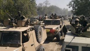 """Wapiganaji wa Boko Haram walikamatwa na jeshi la Chad wakati wa Operesheni iliyoitwa """"Hasira ya Bohoma"""" (picha ya kumbukumbu)"""