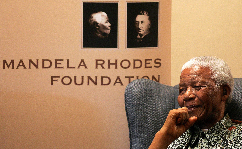 Nelson Mandela lors du lancement de la Fondation Mandela Rhodes en 2008.