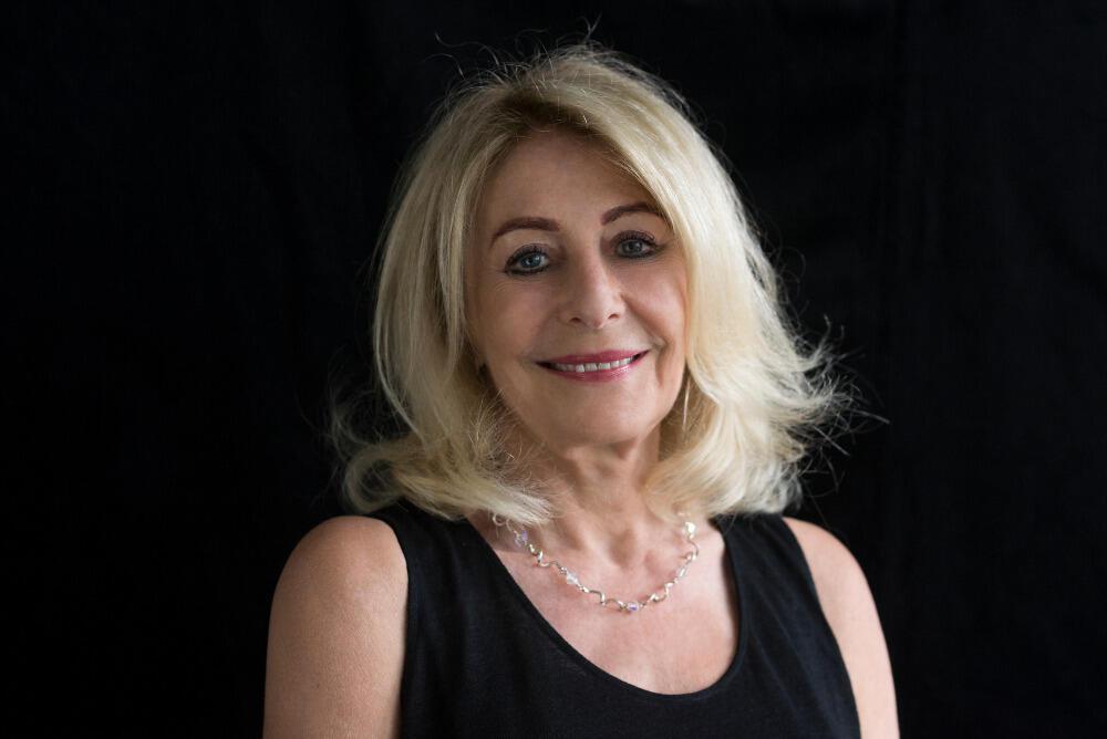 Portrait d'Annette Lévy-Willard, à l'occasion de la sortie de son livre «Chroniques d'une onde de choc, #MeToo secoue la planète».