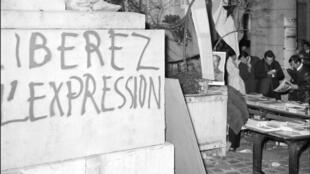 Un grafiti en la Sorbona en París, el 20 de mayo del 1968.