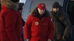Tổng thống Nga Vladimir Putin thăm vùng Alexandra Land ở dẫy đảo Franz Josef Land, vùng Bắc Cực thuộc Nga, ngày 29/03/2017.