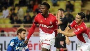 Le Sénégalais de l'AS Monaco Keita Baldé célèbre son but face à Amiens, le 7 décembre 2019.