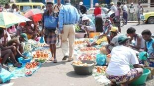 Comerciantes da ilha do Príncipe bloqueados na capital na falta de ligações em S. Tomé e Príncipe