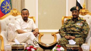 Firaministan Habasha, Abiy Ahmed da Shugaban majalisar Sojin kasar Sudan ,Janar Abdel Fatah Al Burhan