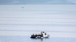 بر اساس آمار منتشر شده، در سال ٢٠۱۵ نزدیک به ٨٠٠ پناهجو در دریای اژه غرق شدهاند.