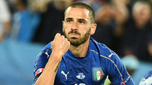 Leonardo Bonucci, ici avec l'équipe nationale d'Italie, est le nouveau défenseur de l'AC Milan. Il a été acheté à prix d'or à la Juventus.