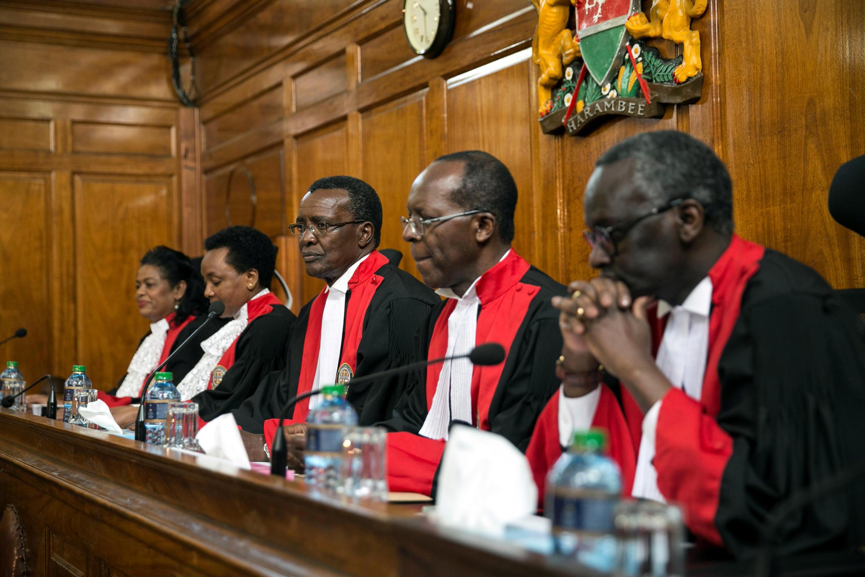 Les juges de la Cour suprême, à Nairobi, le 20 septembre 2017.